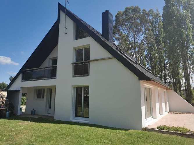 Rénovation complète d''une toiture et d''une façade 34eea2a6-af7f-4cbc-9714-d9b487e1abe2